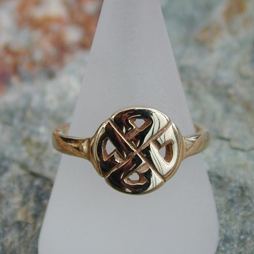 gighay 9ct gold ring scottish celtic jewelry